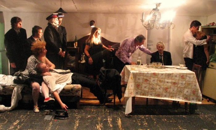 12-teatrul-maria-filotti-braila-spectacol-sala-scandal-director-actorii-trupa