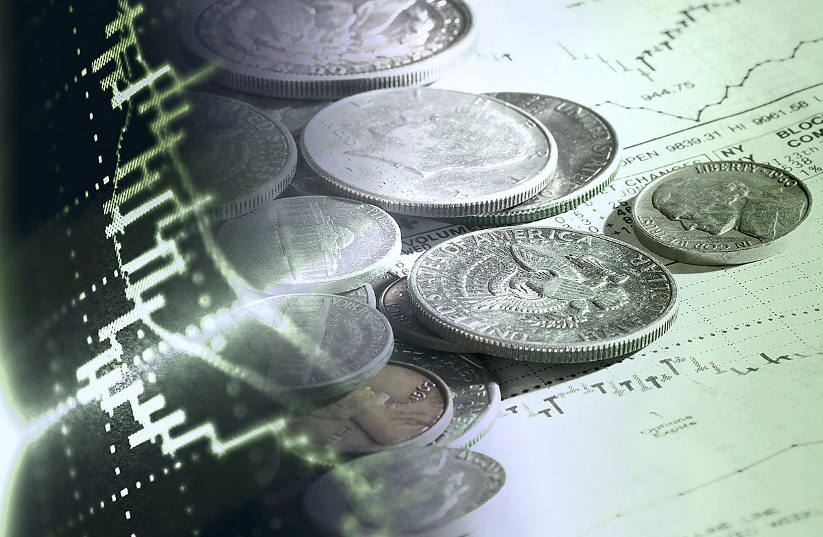 E mai simplu să furi banii de la buget decât să construieşti cu fonduri europene