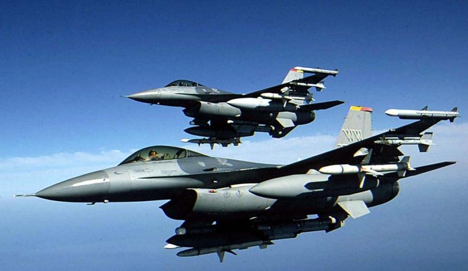 Piloții români merg în Portugalia ca să învețe să zboare cu aeronavele F-16