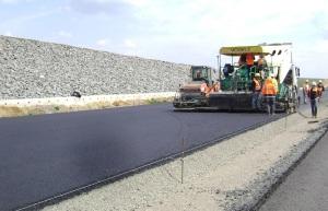 autostrada - lucrari asfaltare