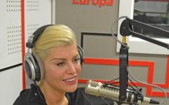 """Loredana a lansat în premieră, la Europa FM, single-ul """"Risipitor""""- VIDEO"""