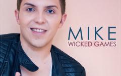 Mike îi face concurență lui Faydee cu single-ul Wicked Games –  VIDEO