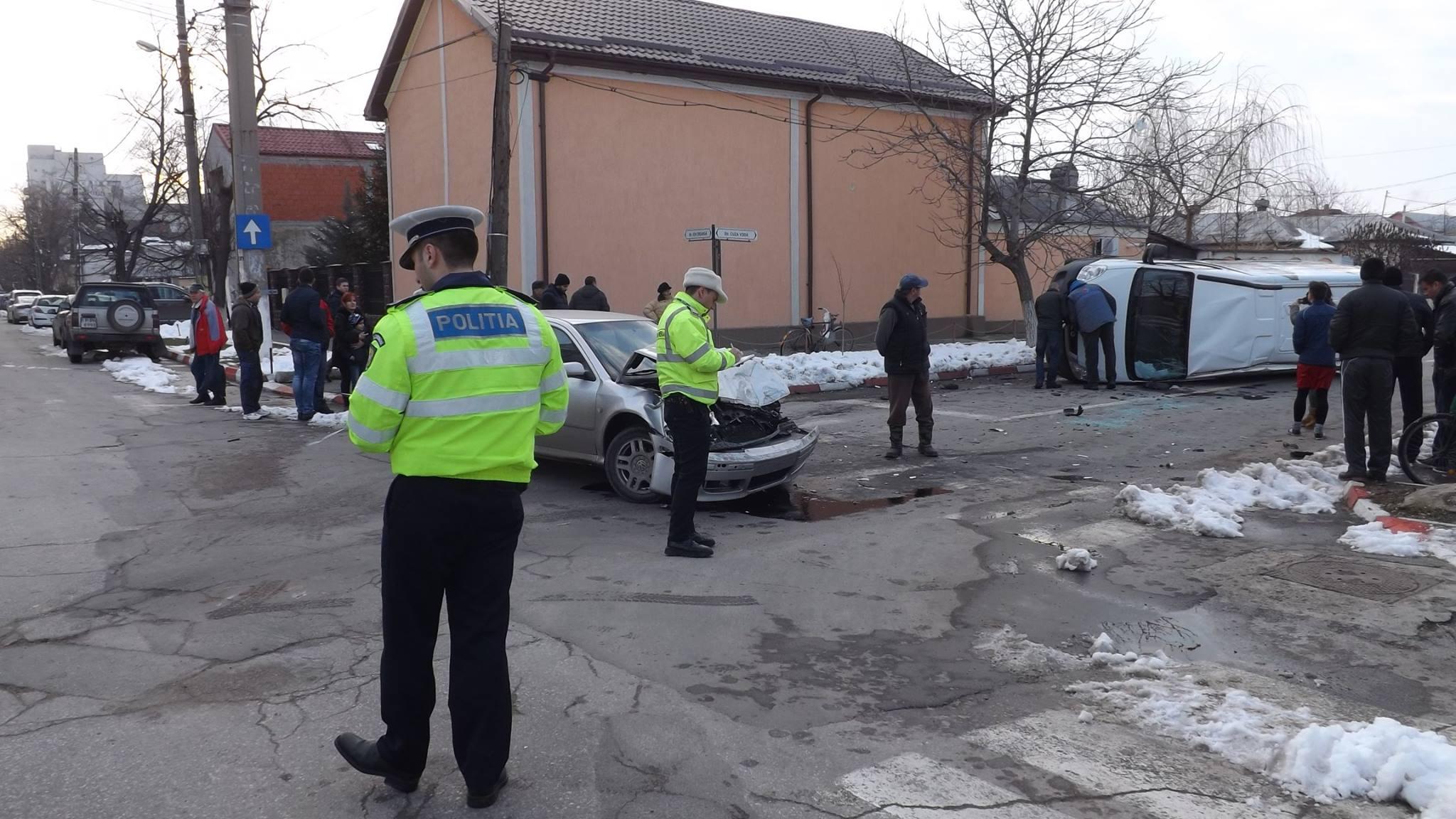 politie masina rasturnata alexandria