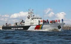 Pescadorul Cormoran 2, cu cinci membrii la bord, eșuat în apele teritoriale ale României