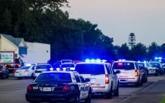 ATAC ARMAT într-un cinematograf din SUA soldat cu trei morți și mai mulți răniți