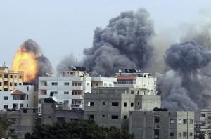 israel bombardamente