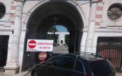 Cerșetorii au interzis în Cimitirul Reînvierea din Bucureşti