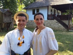 Iuliana Tudor la Magazin folcloric