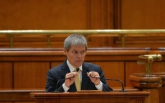 Guvernul Cioloș a primit votul de învestitură în Parlamentul României