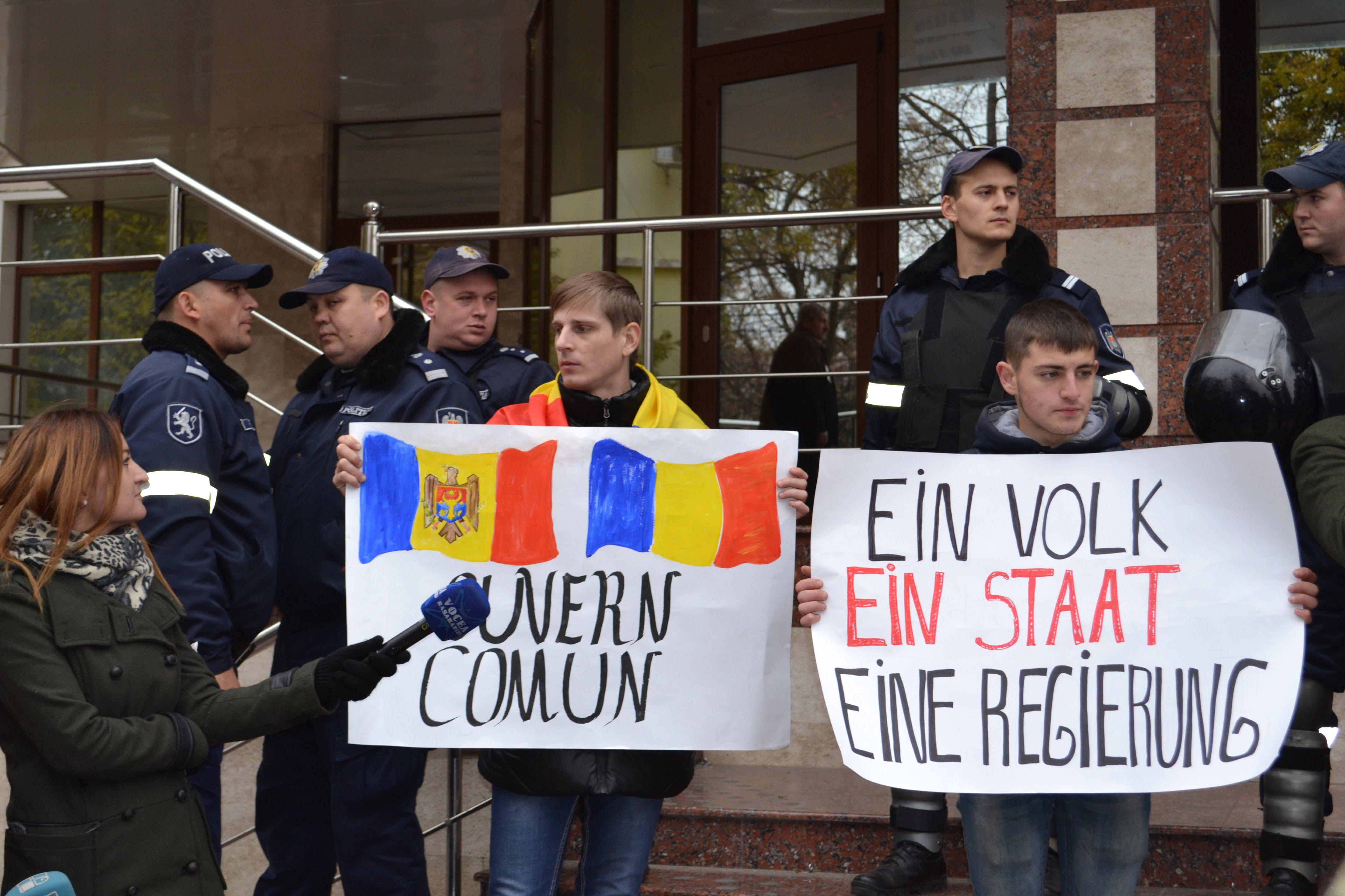 mars-pentru-unire-chisinau-ambasada-germaniei