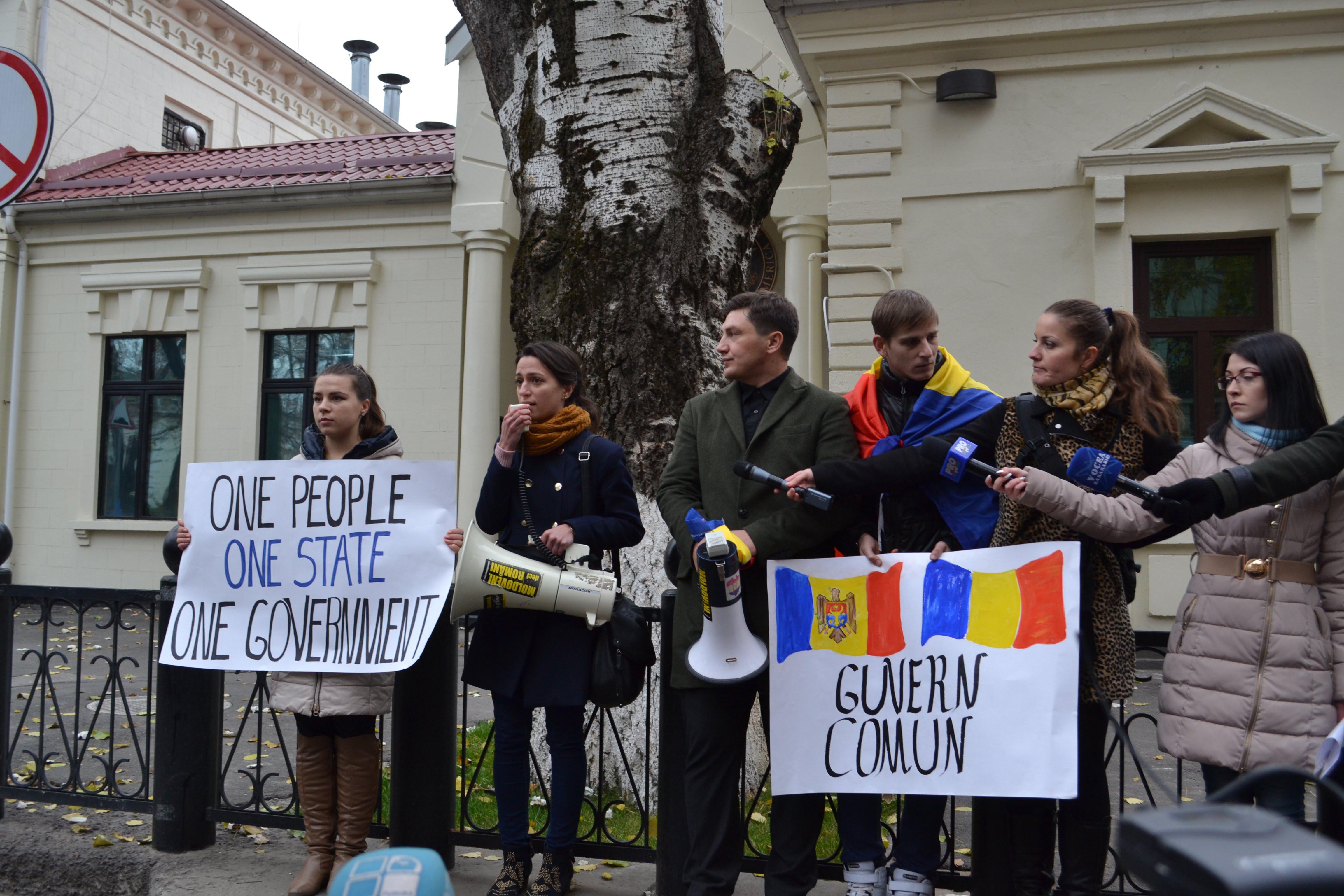 mars-pentru-unire-chisinau-ambasada-sua