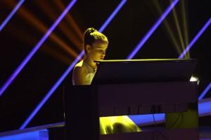 nevazatoare - pian - next star