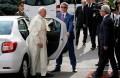 papa francisc - dacia logan