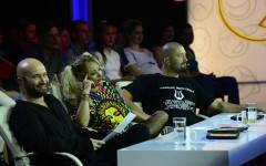 Mihai Bendeac primește bilețele de la concurenții emisiunii iUmor