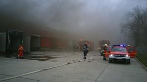 pompieri incendiu hala bacau