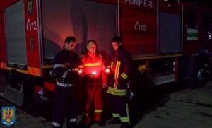 pompieri in noaptea de paste