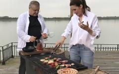 Mircea Dinescu găteşte regeşte pentru o Vedetă Populară: Iuliana Tudor!