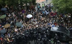 confruntari violente spania referendum catalunia
