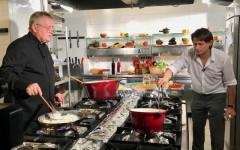 Marius Manole ajunge în bucătăria lui Dinescu la TVR 1