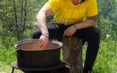 Pepe gãteşte pentru copiii din tabăra lui nea Mărin!
